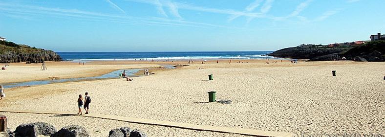 Playa de Cuberris, en Ajo
