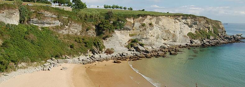 Playa de Mataleñas, en Cueto