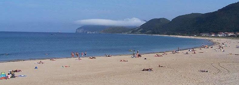 Playa de Trengandín, en Noja