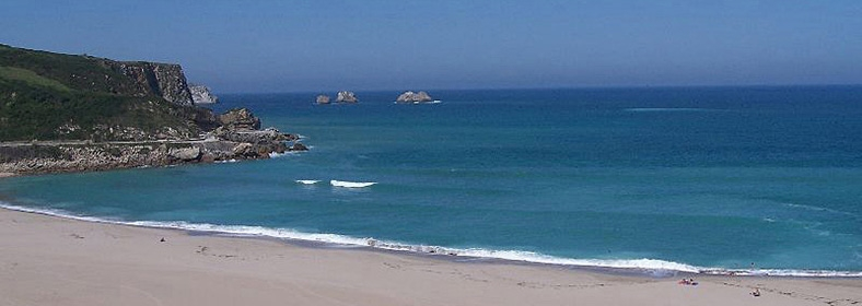 Playa de Usgo, en Miengo
